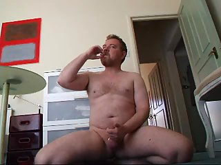 Fat Amateur Smoking & Wanking