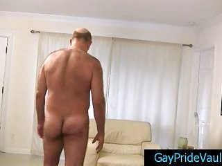 Old gay bear fucking much younger dude