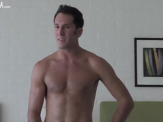 Nude Guy Teasing On Cam
